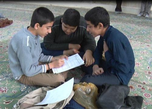 رقابت دانش آموزان میبدی در مسابقات ریاضی + تصاویر