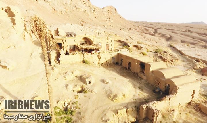 حاج حسین قهرمان بزرگ کوچکترین روستای جهان، نیوئیه بافق+تصاویر