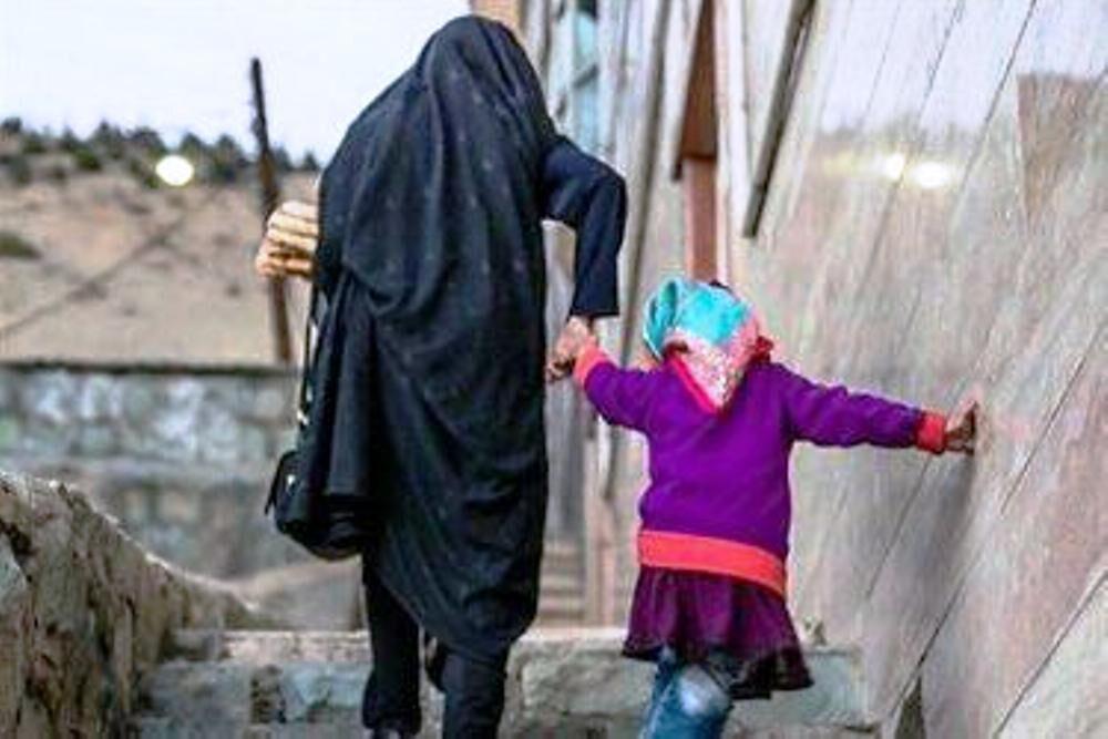 بیش از ۴۰۰ خانواده زندانی تحت پوشش کمیته امداد استان